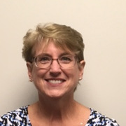 Ms Linda Everett