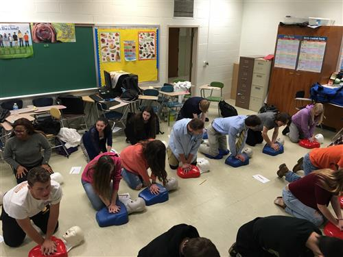Students at Southern HS learn CPR