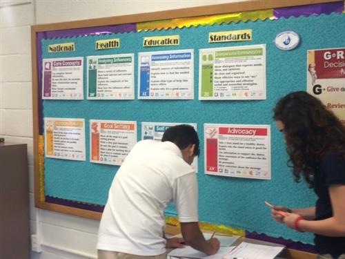 Students at Annapolis MS learning about health standards