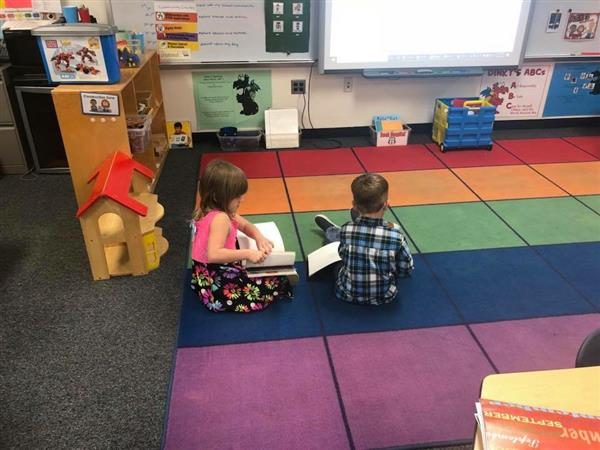 Ferndale Early Education Center / School Home